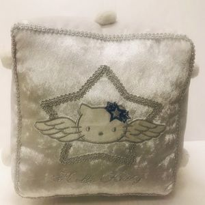Hello kitty square pillow